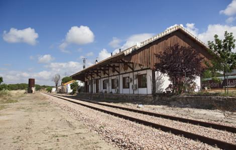 Vista general del conjunto de la estación de Espiel en Córdoba.