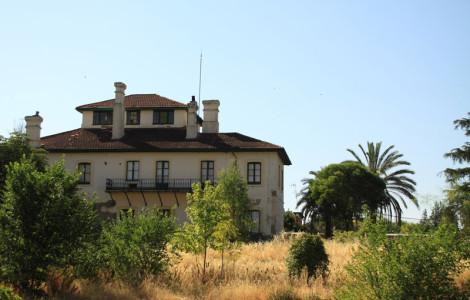 Barrio de Bellavista, Minas de Riotinto, Huelva. Autor: Antonio Arcos. Fuente: Minas de Sierra Morena. Los Colores de la Tierra. 2013