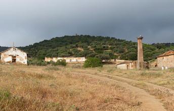 Fundición del cerro del Fogón. Fuente del Arco. Badajoz. Autor: JCC. Fuente: Minas de Sierra Morena. Los Colores de la Tierra. 2013